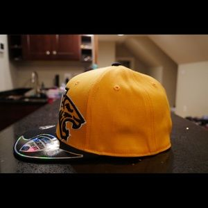 Towson university fitted hat
